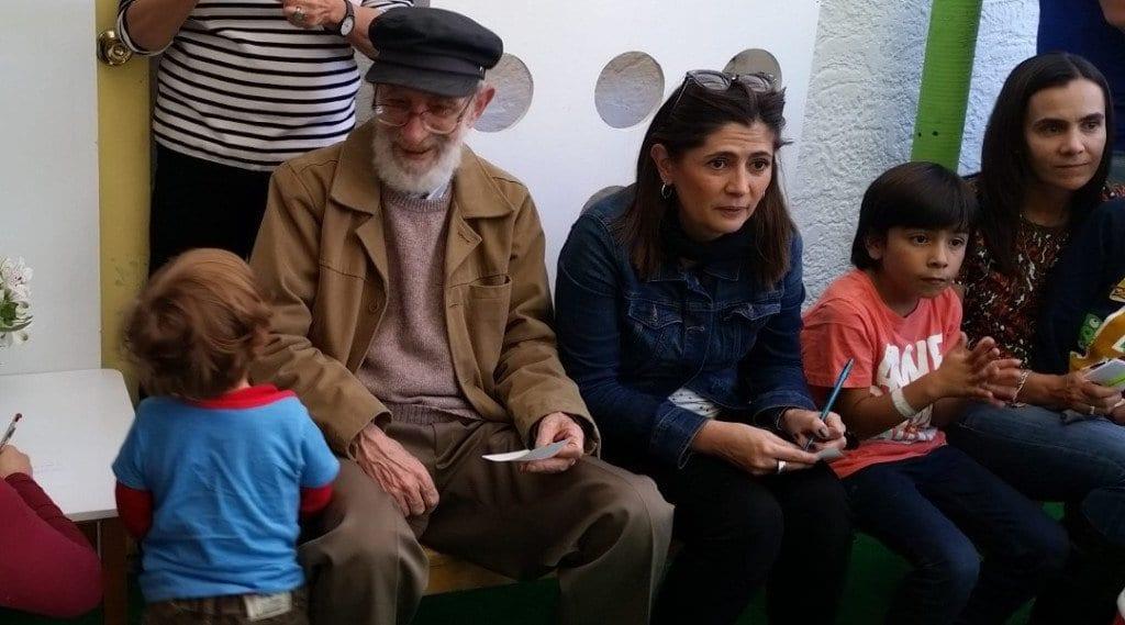 Familias Mundo Montessori compartiendo en el día de la Familia